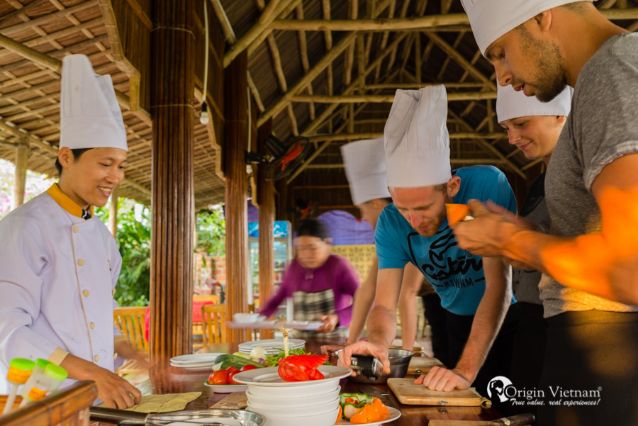 Cooking class in Hoian - Hoian tours