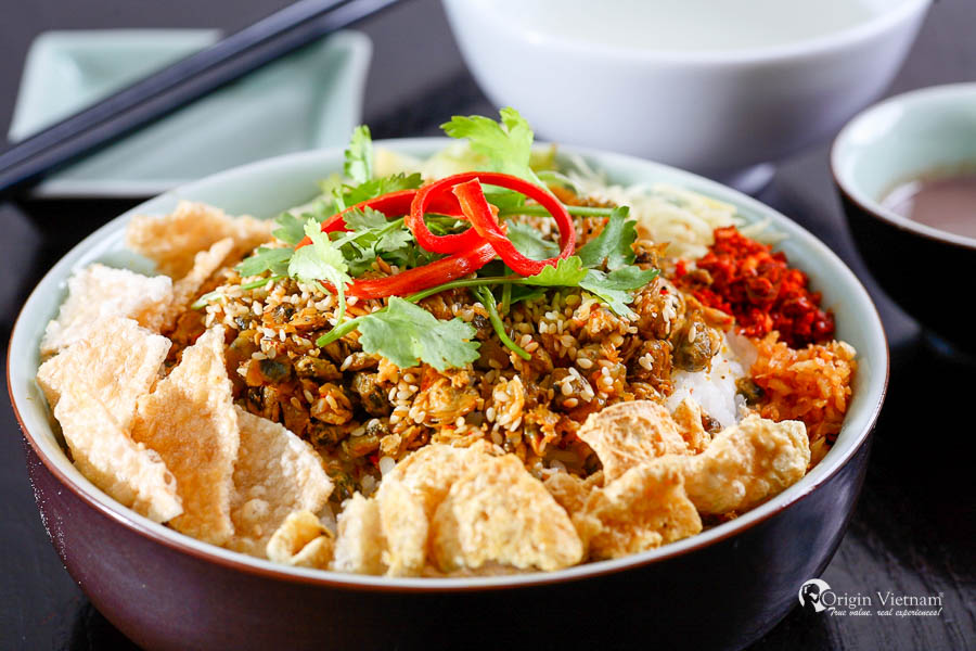 Hue street food tour - Com hen is one of the most famous food in Hue