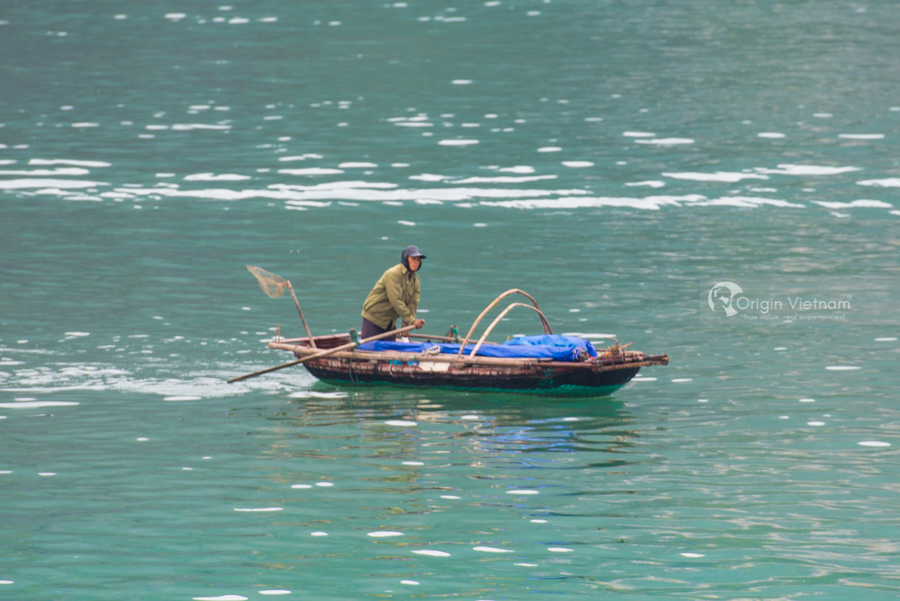 Fisherman in Halong