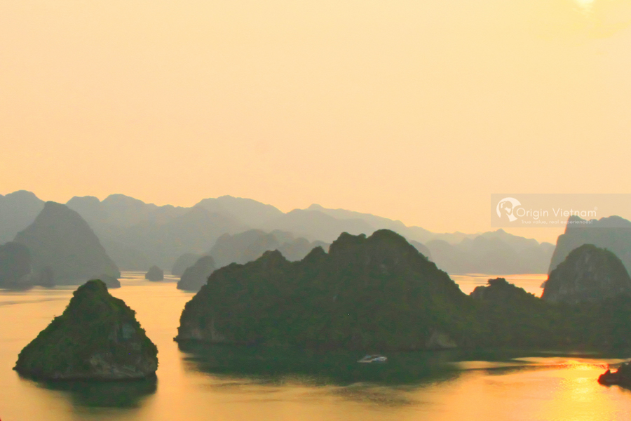 The landscape of Bai Tu Long Bay