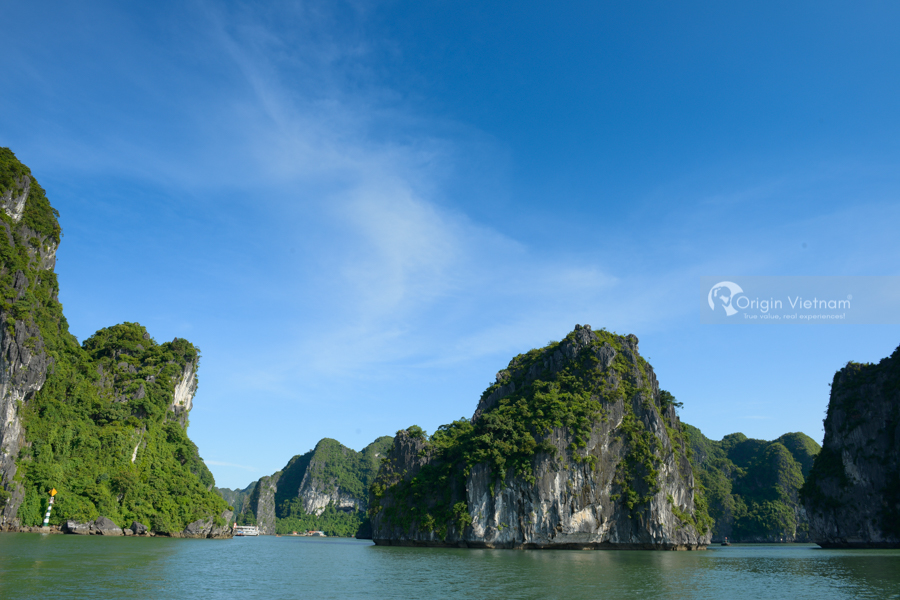 Travel beauty of Halong Bay