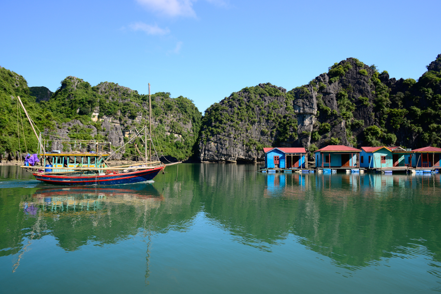 Fishing village in Bai Tu Long Bay