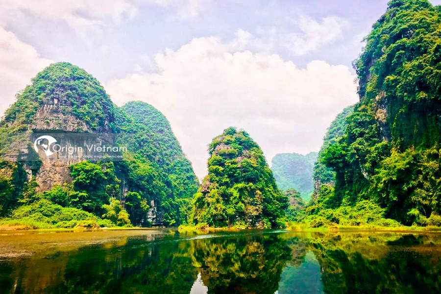 Tam Coc - Bich Dong - Best Place To Visit North Of Vietnam On June