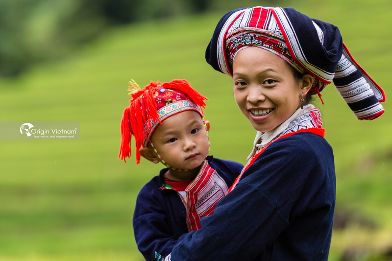 The mother and child in Hoang Su Phi