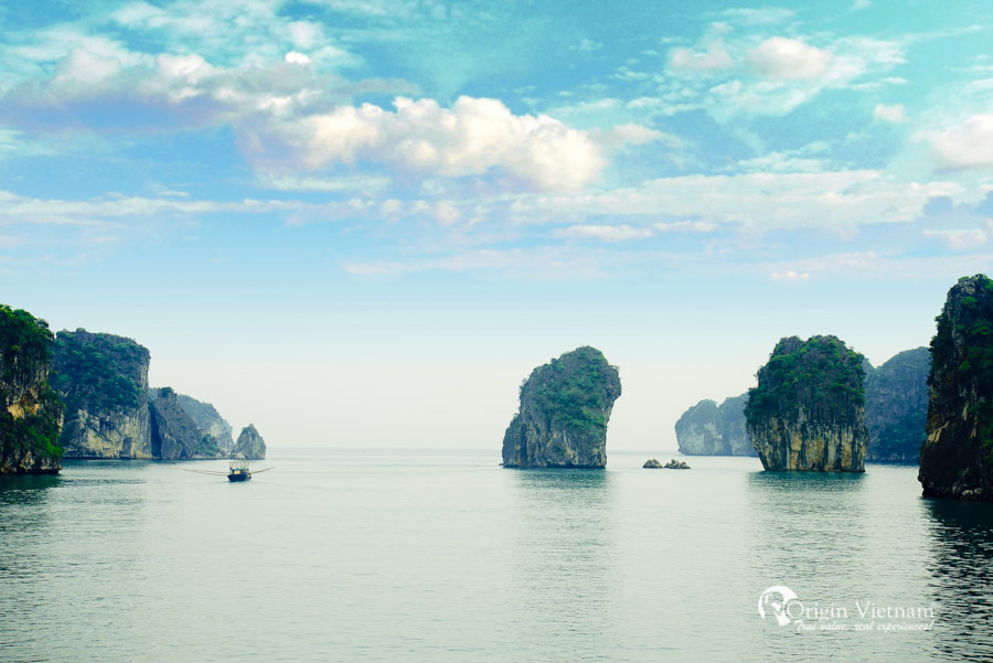 Hanoi Halong Bay cruise with plamingo cruise