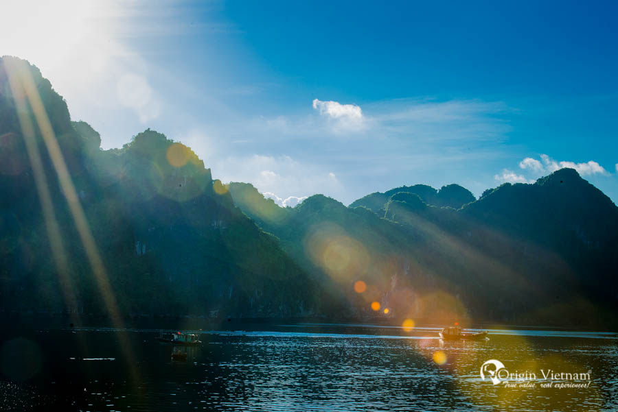 View sunrise of Halong Bay Vietnam from Aclass Stellar
