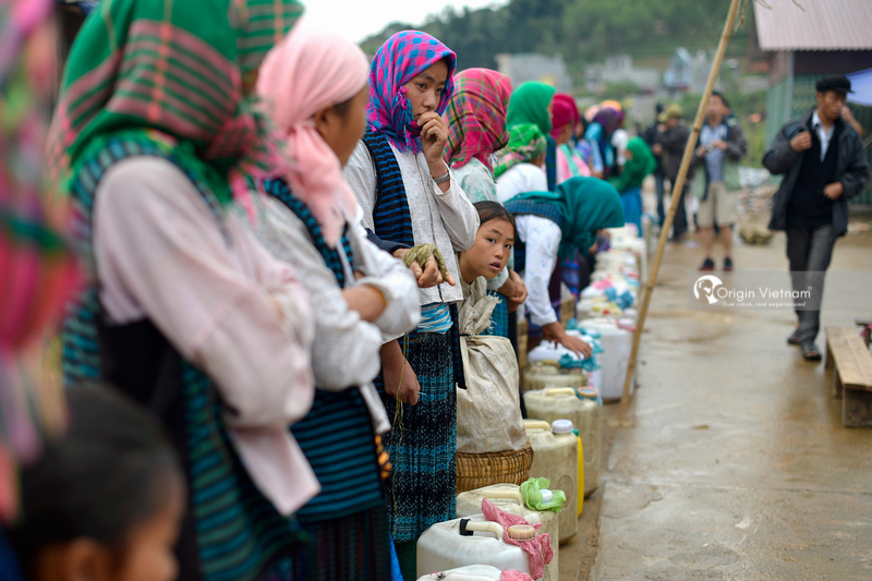 Dong Van Market, ORIGIN VIETNAM