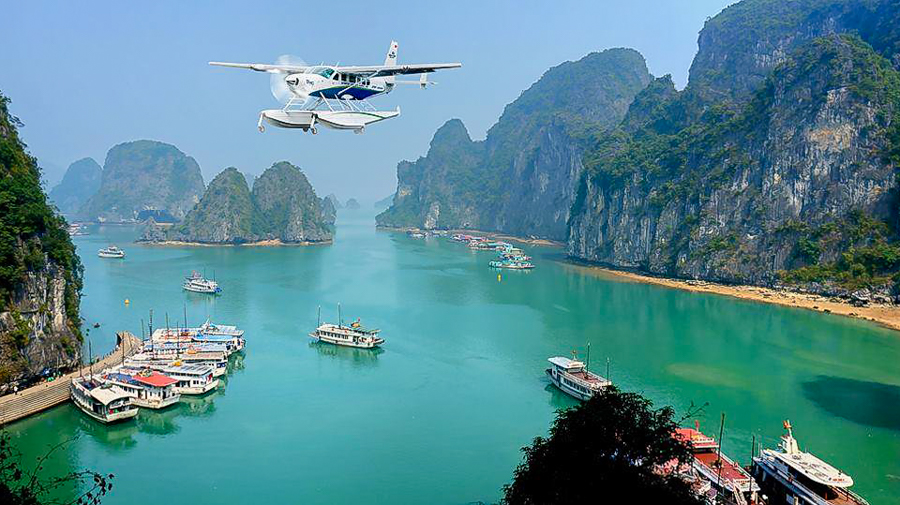 view Halong Bay from Seaplane