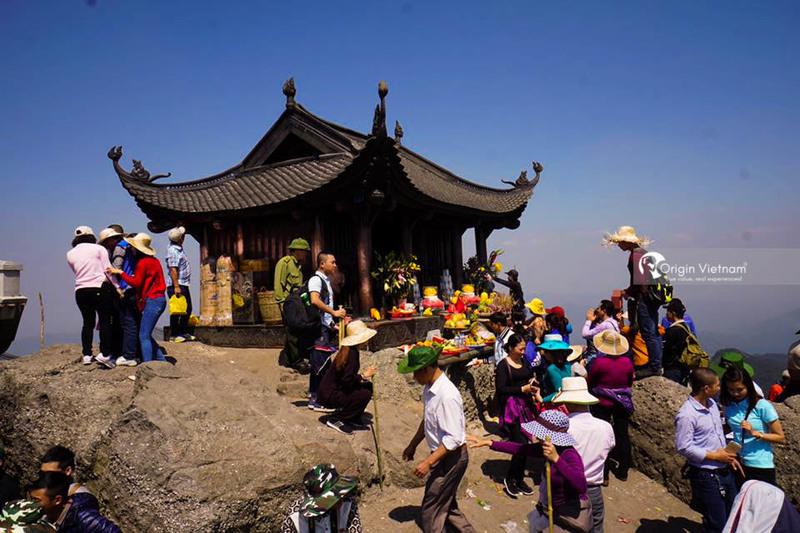 Yen Tu Mountain
