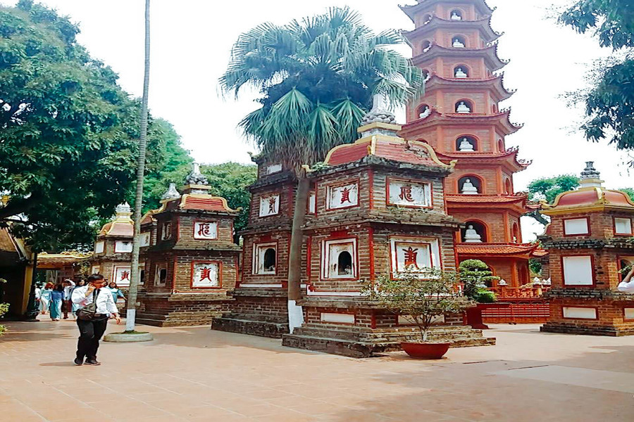 The architecture of Tran Quoc Pagoda