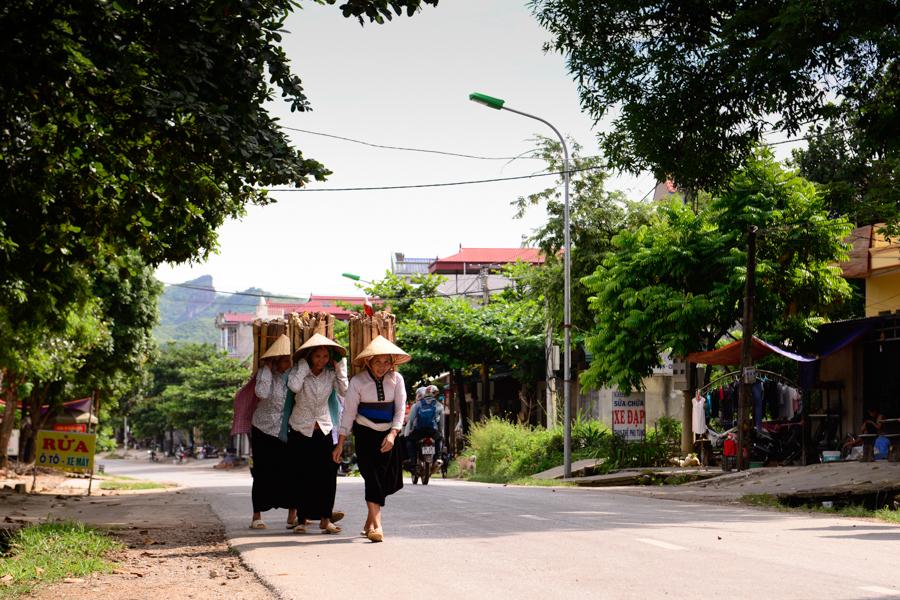 The Passersby On The Journey To Mu Cang Chai, ORIGIN VIETNAM