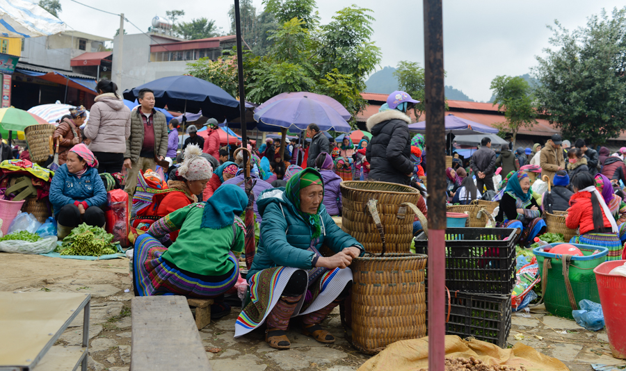 colourful Sapa Markets weekly