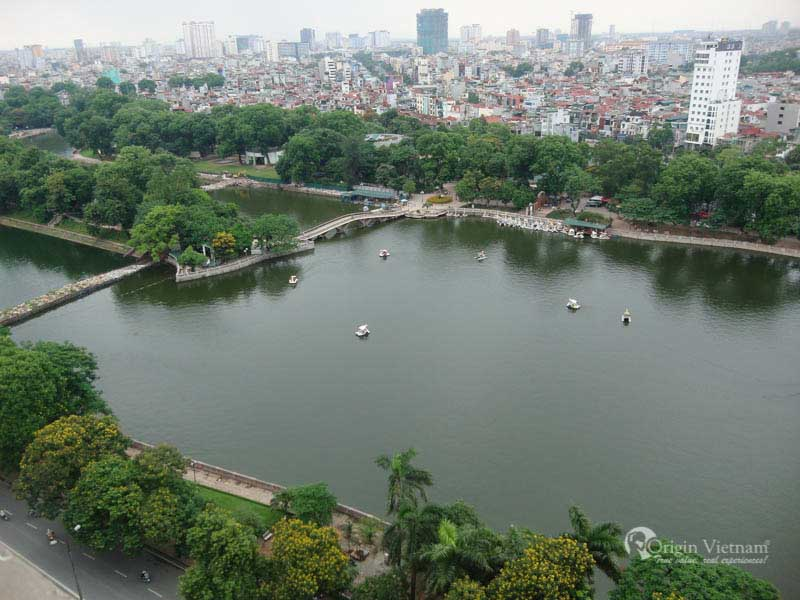 Thu Le Park was constructed on 19 May 1975 after which opened to the general public two years later. Thu Le Park has been well-known as one other identify Thu Le Zoo by a lot of the locals in Hanoi, particularly kids. The park is a posh of Inexperienced Park, zoo and amusement park.